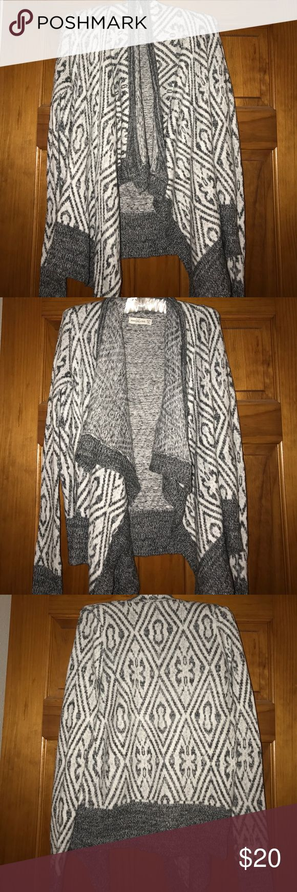 Abercrombie & Fitch cardigan A&F cardigan. Does not have any type of closer, no zippers or buttons. Just flows. Very soft and comfy. Never used. Size xs/s. Feel free to submit offers! Most will be excepted. Abercrombie & Fitch Sweaters Cardigans