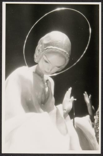 """""""Mary"""" rod puppet (1916) by Richard Teschner~Image © Theatre Museum, Vienna"""