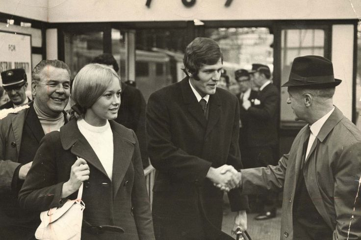LFC manager Bill Shankly meets Cardiff City player John Toshack and his wife Sue at Lime Street Station prior to signing for the Reds in Nov 1970