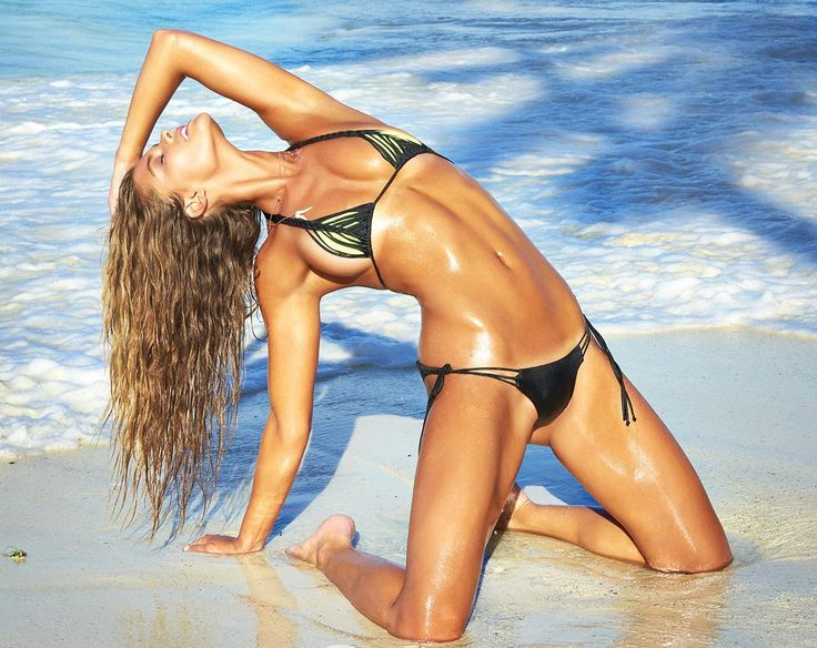 Nina Agdal SI Swimsuit 2016 Best Pic