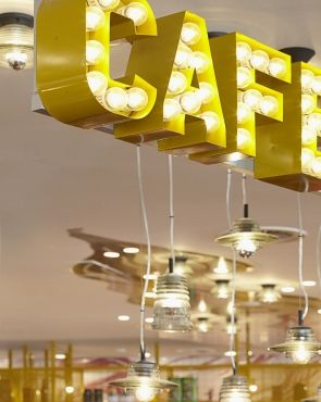 airport cafe- always baking, gluten free, snacks and tai noodle shop--- with Alyssa's style/ happening, free wi-fi