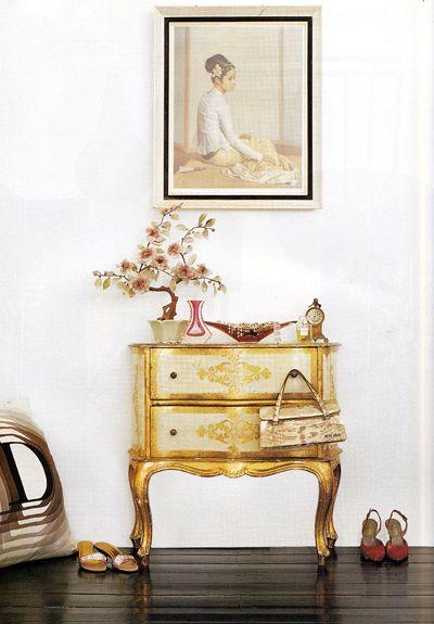 gold: Interiors Inspiration, Decor Ideas, Gold Dressers, Chicbedroom Design, Bedrooms Design, Design Ideas, Golden Furniture, Bedrooms Decor, Chest Of Drawers