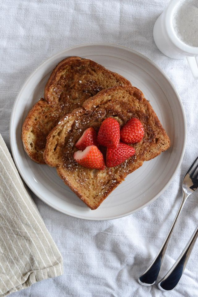 """Arme Riddere, or """"Poor Knights"""" (Norwegian French toast) 