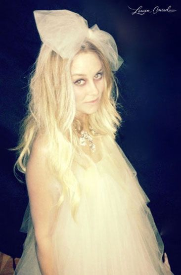 Lauren conrad's halloween costume: ghost...That is an awesome take on a regular