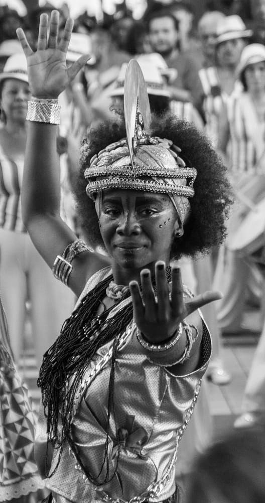 how to dance brazilian music