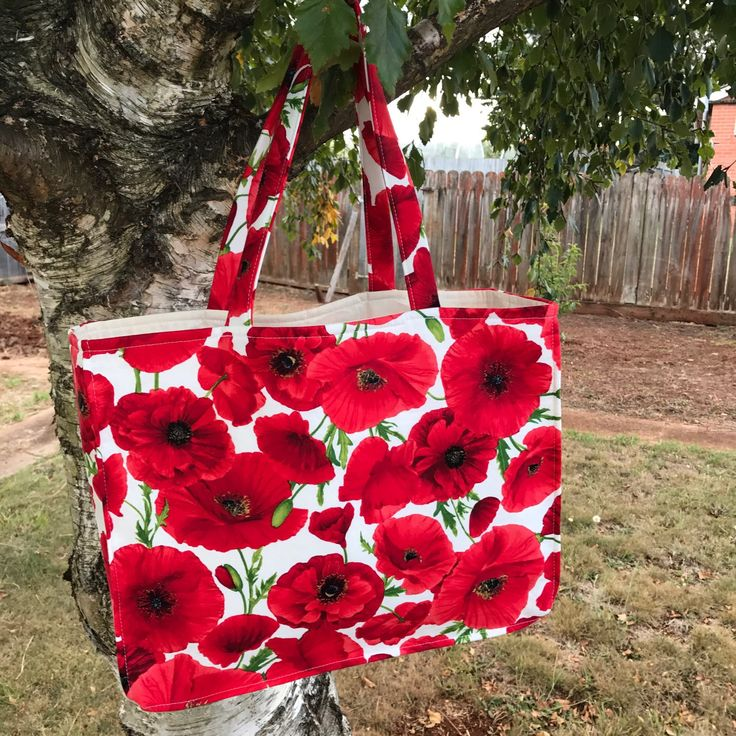 Here is another great bag to represent our ANZAC diggers.  Don't miss out as we only make one bag per bag styled from each material stock.