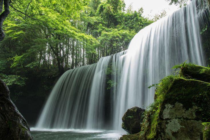 Nabegataki Falls: Front / Kumamoto