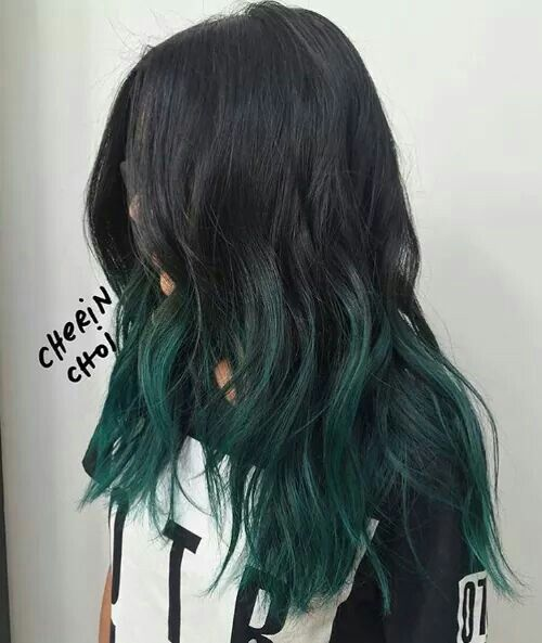 Black and green hair ♡