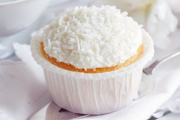 lime & coconut cupcakes.