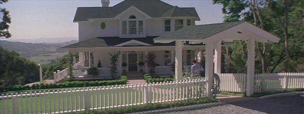 sidney prescott house - Google Search   90's/00's home