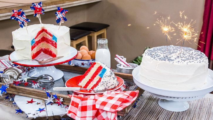 Make your weekend BBQ complete w/ @cristinacooks' Fourht of July Flag Cake! For more great recipes, tune in to #homeandfamily weekdays at 10/9c on Hallmark Channel!