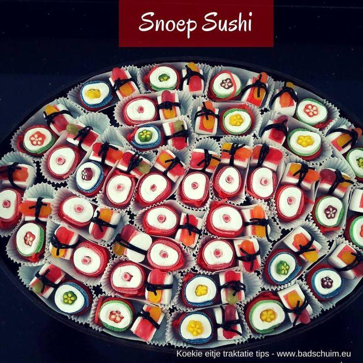 Een traktatie op eten met stokjes? Dat doe je als je snoep sushi mag trakteren. Niet gezond & verantwoord, maar wel lekker! Zo maak je ze!