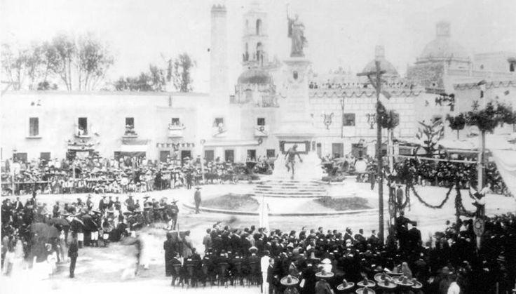 Inauguracion del monumento a doña Josefa Ortiz de Dominguez el 15 de septiembre de 1910 Con motivo de la celebración de las Fiestas del Centenario del inicio de la lucha de independencia