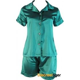 Dream the night away in these gorgeous Green satin pyjamas. Button up shirt. Made in a generous loose fitting style, from premium quality material by Phialli.