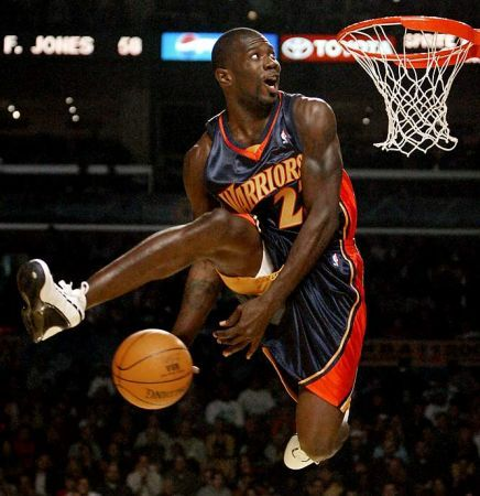 jason richardson with an acrobatic dunk