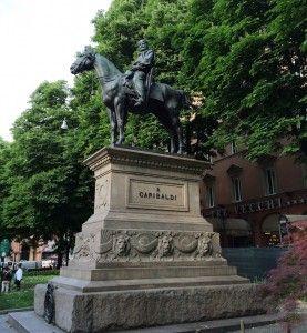 """Estátua de Garibaldi - """"Visitar Bolonha, Itália"""" by @Viajar24h .Com Comigo"""