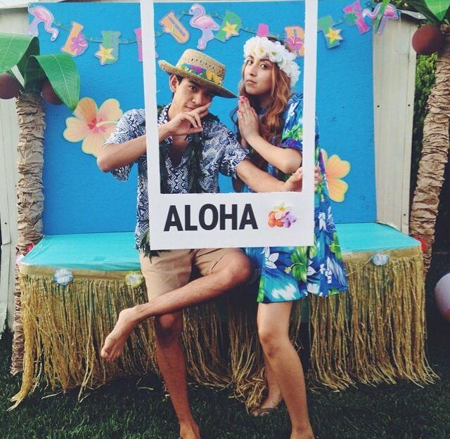 Genial este fondo para Photocall Hawaiano