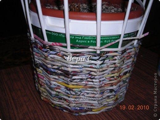 Мастер-класс Материалы и инструменты Плетение Мастер класс плетения из газеты для новичков Бумага газетная Трубочки бумажные фото 11