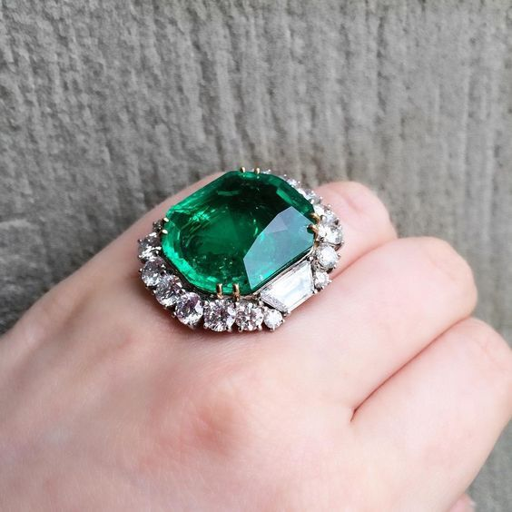 28.33 carat colombian emerald and diamond ring