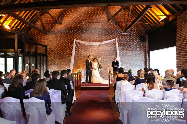 Wedding Photographer : Cooling Castle Barns : Katie & Russell