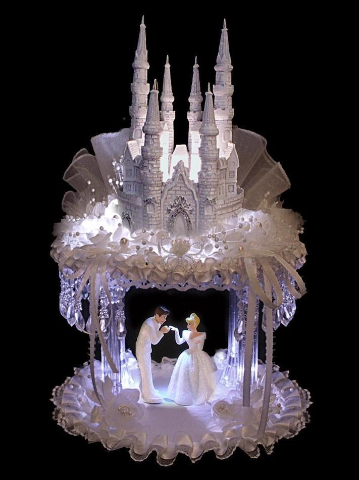 cinderella castle royal wedding cake topper best 25 cinderella wedding cakes ideas on 12852
