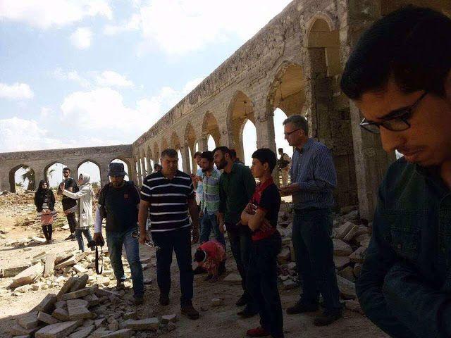 Ελεύθερος Αρθρογράφος: H μεγαλύτερη ήττα της ISIS -Μουσική που απαγορευόταν από την ISIS ακούστηκε στο απελευθερωμένο κομμάτι της Μοσούλης