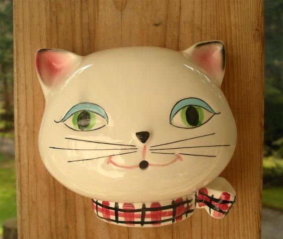 Vintage Cozy Kitten String Holder  1958 by TheOddOldTriednTrue