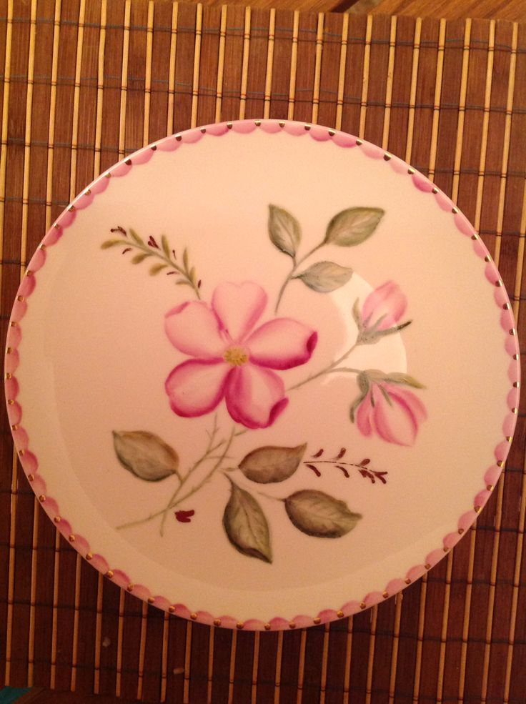 Plate with pink flower. Hand made by Olga Ah
