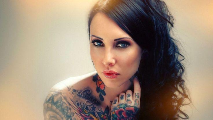 Páčia sa vám ŽENY s tetovaním ?