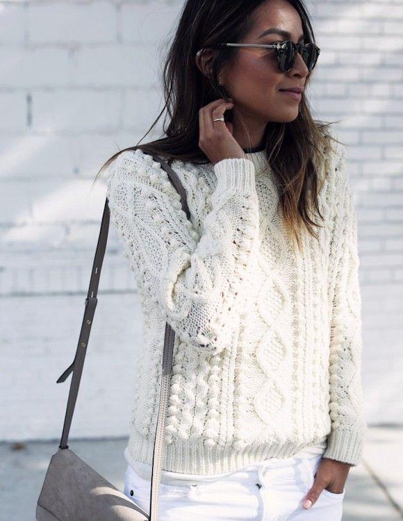 Le pull irlandais blanc : un basique mode à avoir dans son dressing >> http://www.taaora.fr/blog/post/pull-blanc-ecru-torsade-style-irlandais                                                                                                                                                                                 Plus