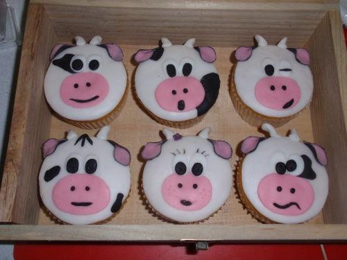 Cow cupcakes, cute
