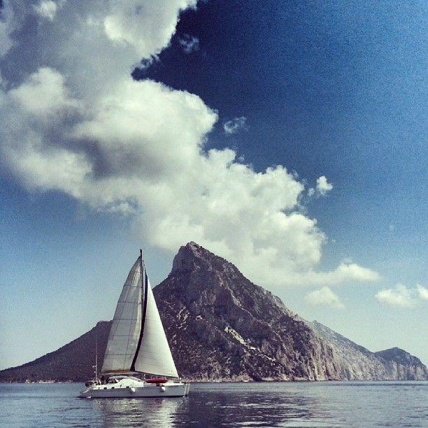 FARE IL MARINAIO / GOING TO SEA   |   #my_marina eBook   |   Photo courtesy of @Alessandra Afonso Polo [http://instagram.com/alessandrapolo ]