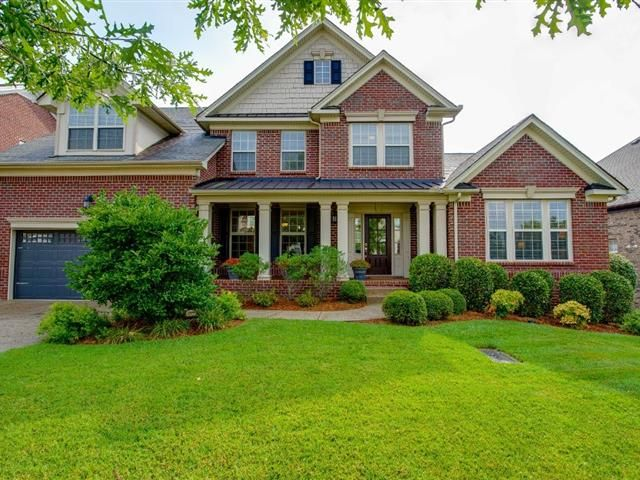8188 Middlewick Ln In 2020 Nashville Real Estate Swimming Pools Backyard Real Estate