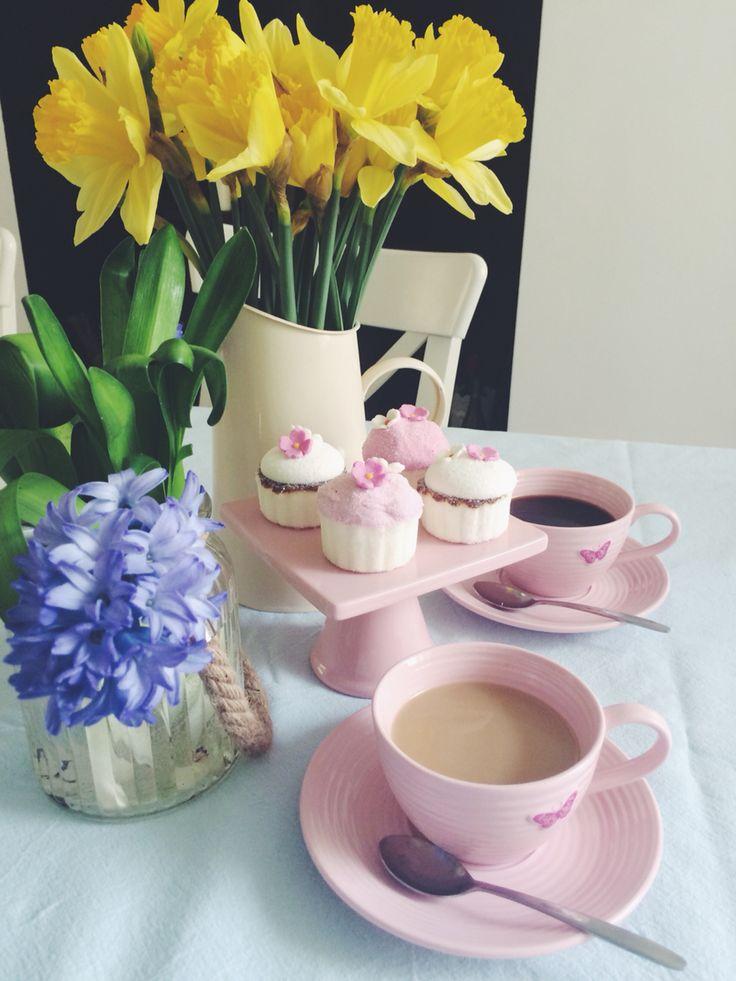 Good morning! Coffee time @ Heartmade Goodies
