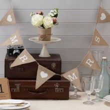slinger mr & mrs in vintge stijl. mooie bruiloft decoratie