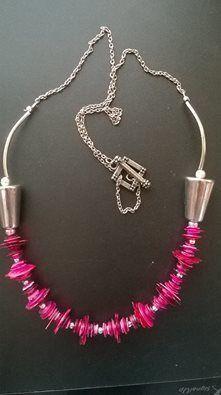 Pink sequine Necklace. £6.50