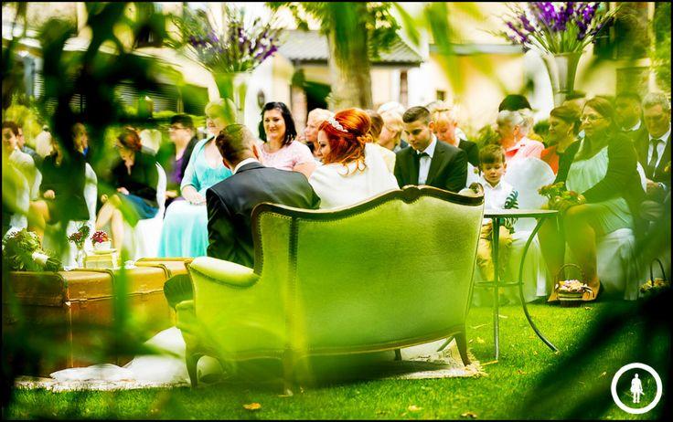 Hochzeit Burg Schwarzenstein, eine wunderschöne Hochzeit im Rheingau, erzählt in kunstvollen Bildern von Marco Schwarz