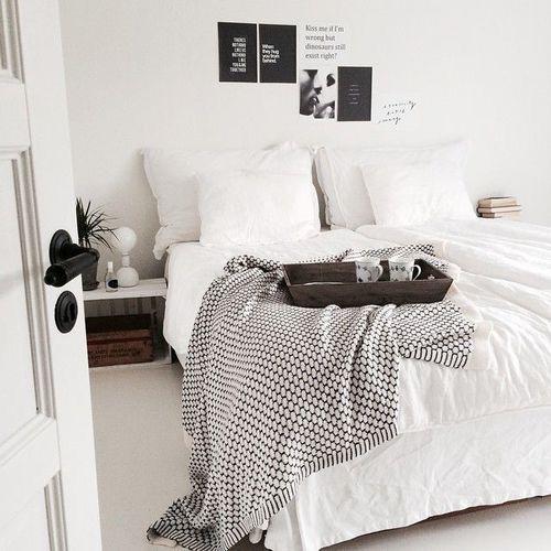 Die 17+ besten Bilder zu Bedroom auf Pinterest Ikea-Hacks - minimalismus schlafzimmer in weis