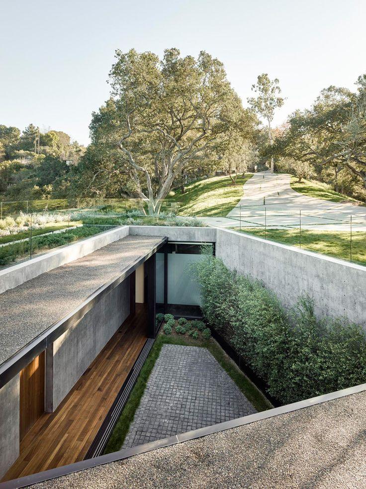 West Coast // minimal patio and exterior garden, designed by Walker Workshop