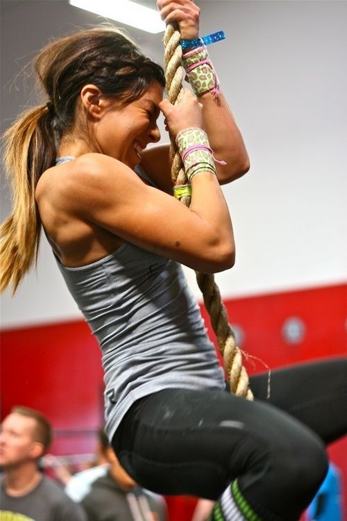 rope climbing, toned arms, fitspo