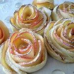 Siete alla ricerca di un dolce carino ed insolito? Provate con queste rose di mela, facili da preparare e molto chic come aspetto, sono ottime servite a fine pasto servite poggiandole su una glassa di cioccolato.Per la buona riuscita occorrono delle belle mele saporite (possibilmente rosse), per preparare la pasta brisè ho utilizzato della margarina, così questo dolce è adatto anche ai vegani e a chi è intollerante o allergico al lattosio.