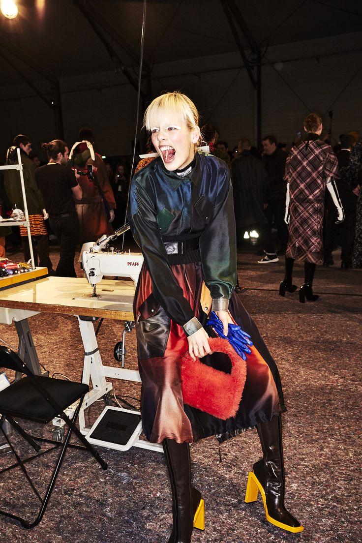 http://sonnyphotos.com/2017/03/kenzo-aw1718-fashion-show-paris-backstage