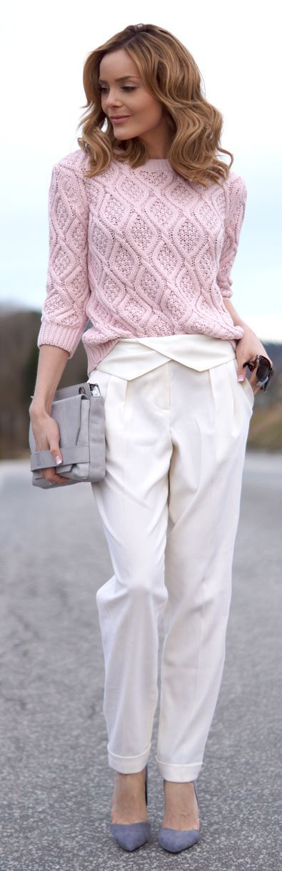 There's something very soft and beautiful about the colours and fabrics used in this outfit. Romantic Inspiration