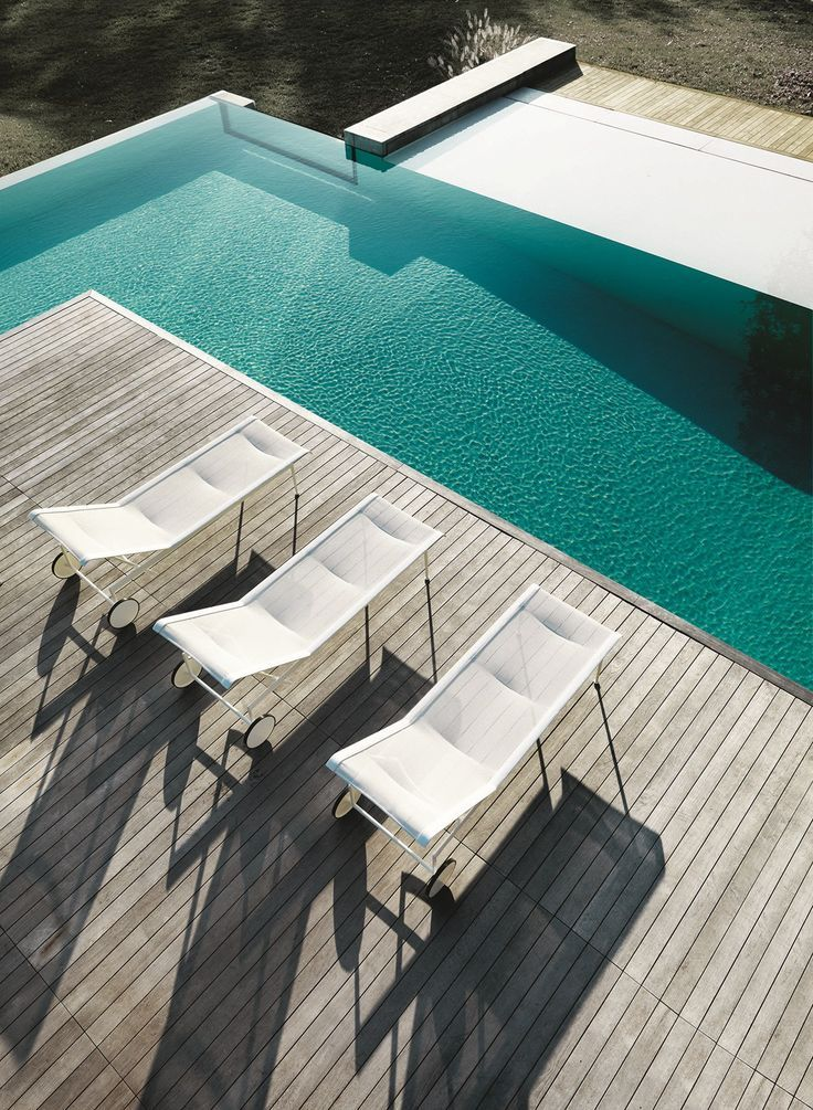 Knoll Outdoor collection at iSaloni 2015 #pool #outdoor @Knoll Design