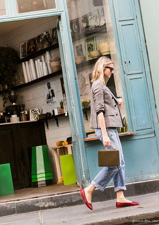 Laura Stoloff at Le Boot Café, Paris, coffee shop/Garance Doré