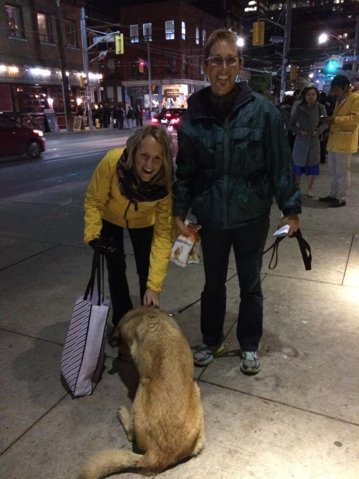 Walking around Nuit Blanche over the weekend! We handed out lots of #Nutrience samples and entered people into the Sweepstakes!