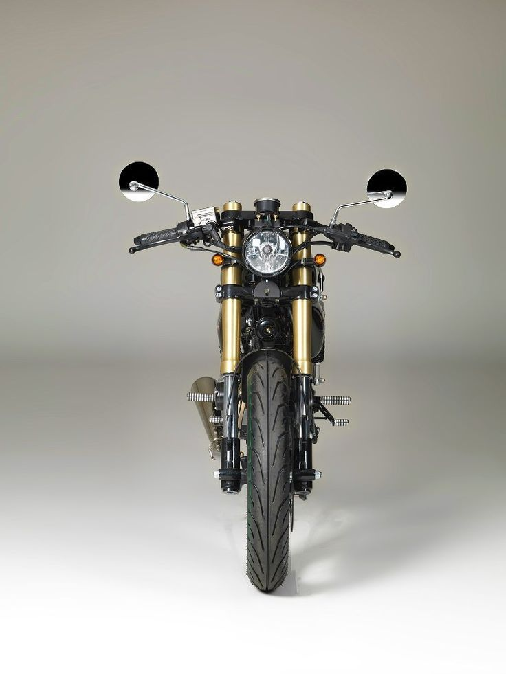 Pin On Cafe Racers Bobbers Bratstyle