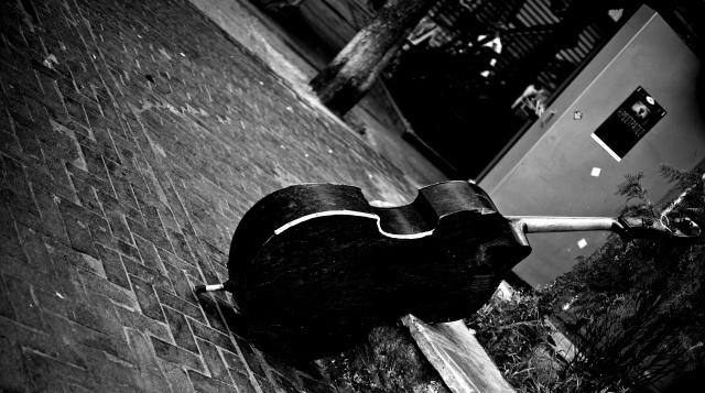 Play it again man, St. Irene's Sq. – Athens (*my photo)