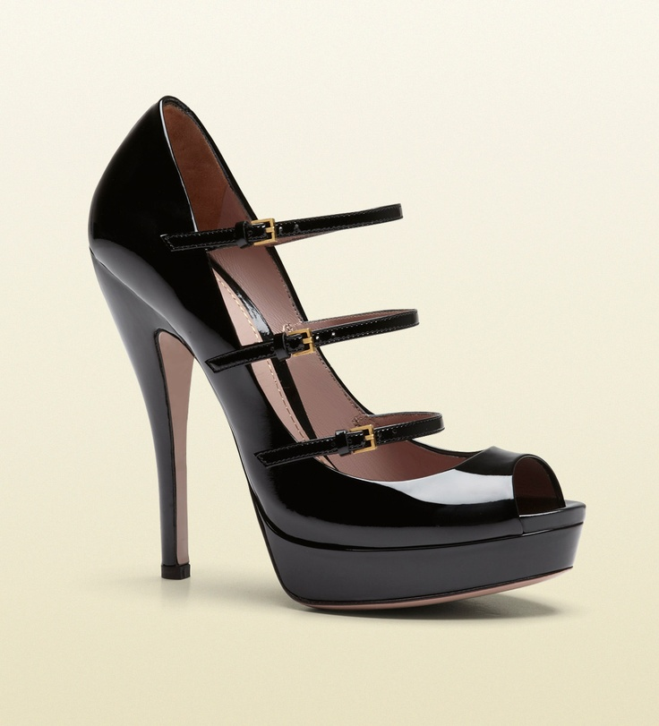 Gucci Lisbeth Black Patent Leather Platform Shoe in Black