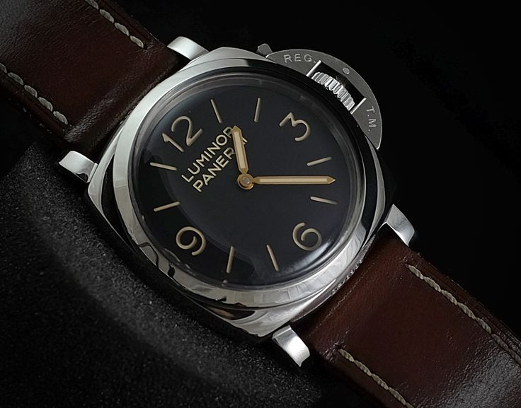 Luminor panerai PAM372 47mm 'O'   WE ARE BASED AT JAKARTA please contact us for any inquiry : whatsapp : +6285723925777 blackberry pin : 2bf5e6b9  #WATCH #WATCHES #FORSALE #PANERAI #LUXURY #LUXURYWATCH